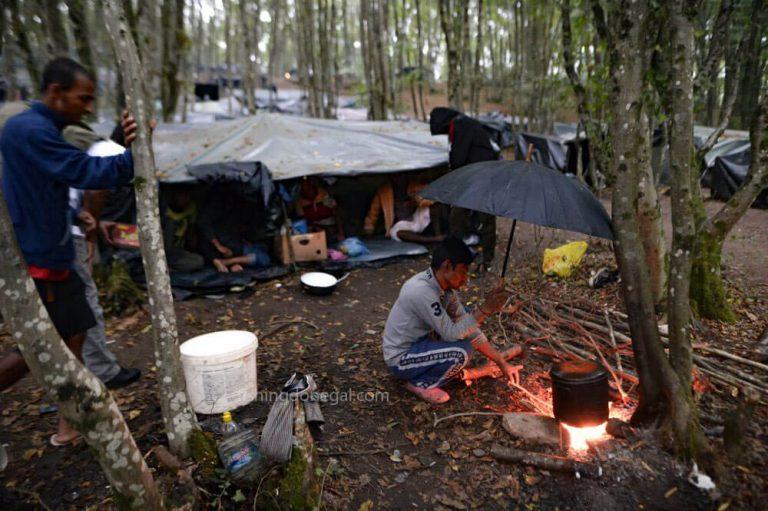 ผู้อพยพ ต้องเผชิญกับความทุกข์ยากมากขึ้นในการปราบปรามบอสเนีย
