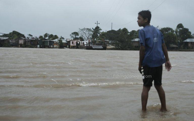 พายุ เอตาซัดนิคารากัวโคลนถล่มร้ายแรง