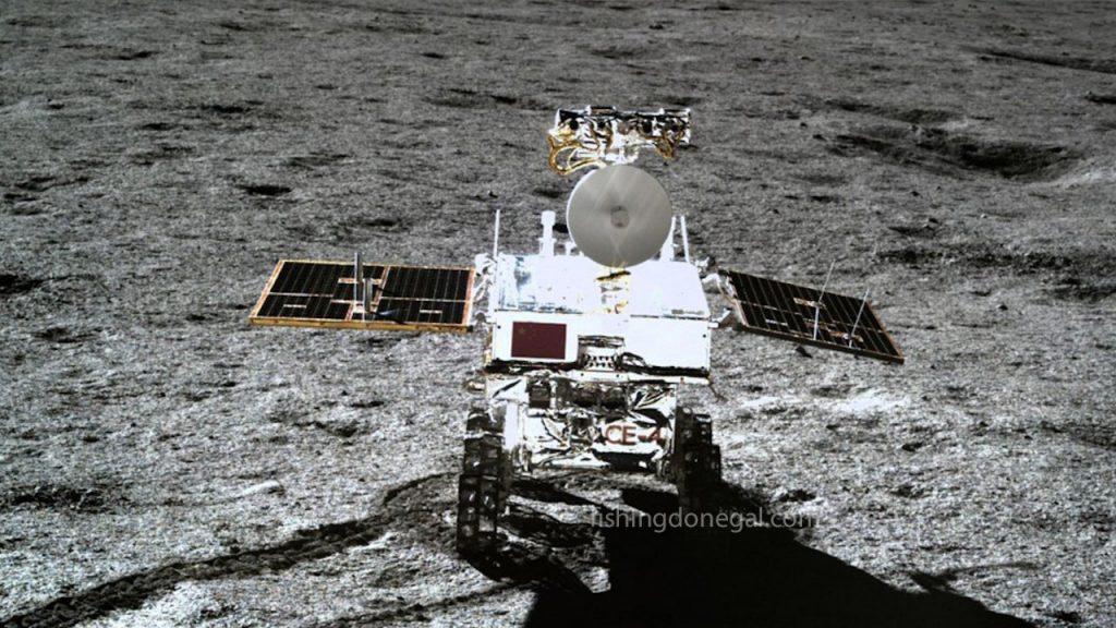 ยานอวกาศ ของจีนลงจอดบนดวงจันทร์เพื่อนำหินกลับสู่โลก