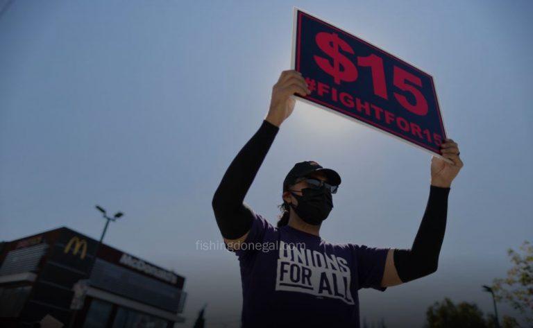 ประธานาธิบดีโจไบเดน ก้าวไปข้างหน้าสำหรับค่าจ้างขั้นต่ำ $ 15