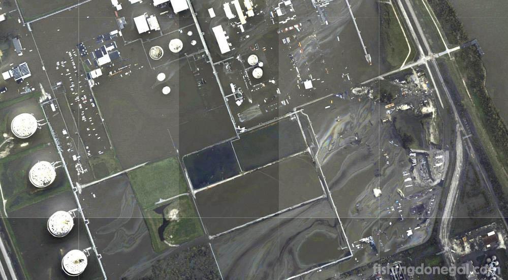 น้ำมัน และสารเคมีรั่วเกิดจากพายุเฮอริเคนไอดา